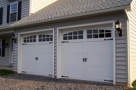 Garage Door Styles and Trends in Staten Island